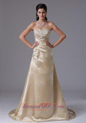 Brush Train Saitn Champagne Appliques Prom Dress