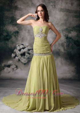 Mermaid Court Train Ruch Applique Decorate Prom Dress