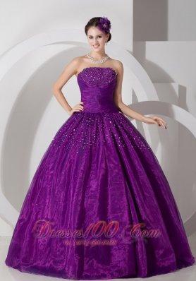 Dank Magenta A-line Strapless Quinceanera Dress
