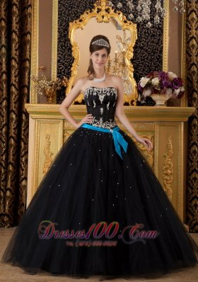 Black Ball Gown Quinceanera Strapless Floor-length Appliques
