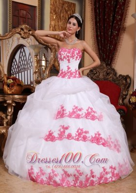 White and Pink Sweet 15 Dress Appliques Sweetheart