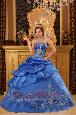 Blue Quinceanera Dress Strapless Organza Beading