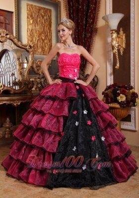Strapless Floor-length Organza Appliques Quinceanera Dress