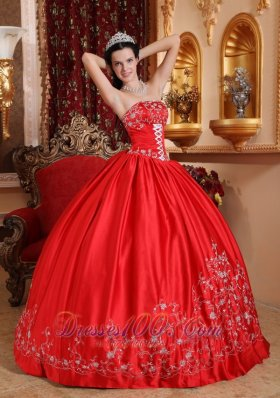 Red 2013 Embroidery Quinceanera Dress Strapless Taffeta