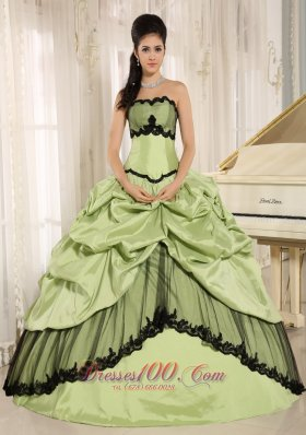 Taffeta Yellow Green Pick-ups Appliques Quinceanera Dress