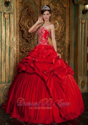 Taffeta Beading and Appliques Decorate Red Quinceanera Dress