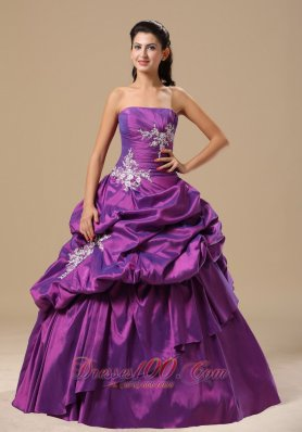 Strapless Appliques Decorate Pick-ups Purple Dresses Of 15