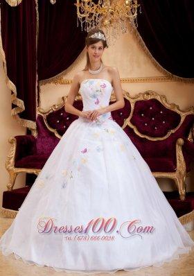 Exquisite Appliques Organza White Sweet 16 Dress