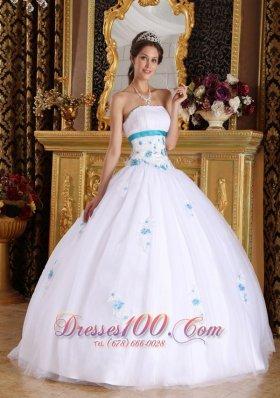 Vintage Tulle White Appliques Sweet 16 Dress