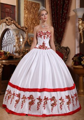 White Quinceanera Dress Red Appliques Taffeta Sweetheart