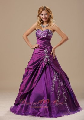 Purple A-line Sweetheart Appliques Ruch Quinceanea Dress