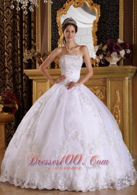 Embroidery Beading White Floor-length Quinceanera Dress
