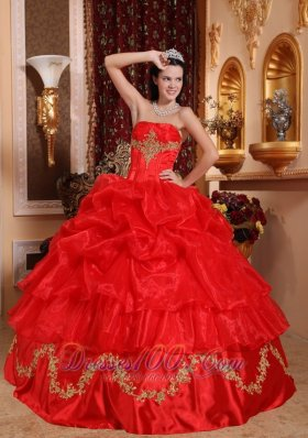 Appliques Pick-ups Quinceanera Dress Red Beading