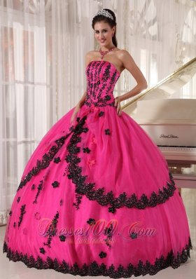 Classic Hot Pink Appliques Bead Strapless Quinceanea Dress