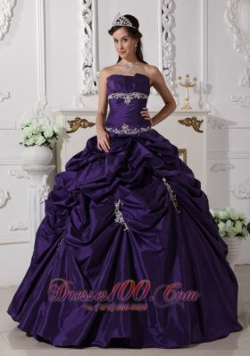 Puffy Dark Purple Quinceanera Dress Taffeta Appliques