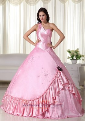 2013 Baby Pink Beading Embroidery One Shoulder Quinceanera Dress