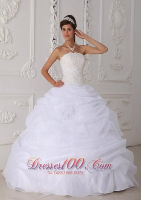 Princess White Quinceanera Dress Strapless Ball Gown