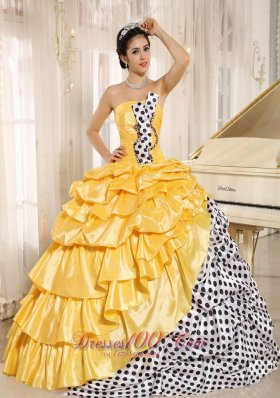 Popular Nifty Multi-color Pick-ups Strapless Quinceanera Dress
