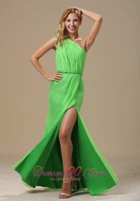 Front Split One Shoulder Spring Green Prom Dress