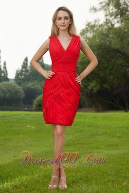 Red Column V-neck Ruch Prom Homecoming Dress