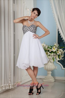 Beaded Bust Prom / Homecoming Dress Knee-length
