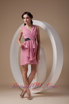 Rose Pink Column V-neck Mini Ruch Bridesmaid Dress