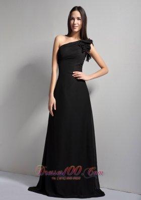 Black A-line One Shoulder Brush Train Prom Dress
