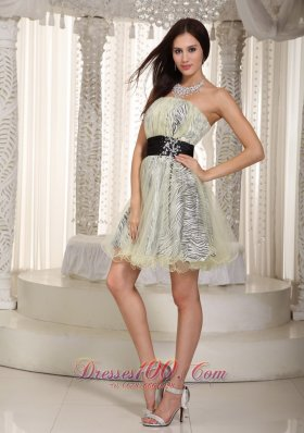 Knee-length Zebra Appliques Prom Dress with Belt