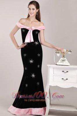 Off The Shoulder Mermaid Black Christmas Evening Dress