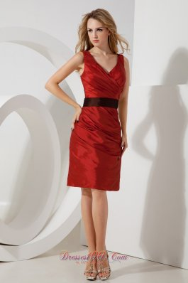 Mini-length V-neck Red Bridesmaid Dress with Sash