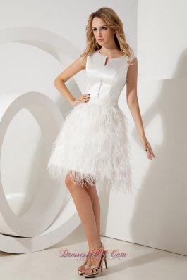 Feather Beading Scoop Homecoming Dress Mini-length