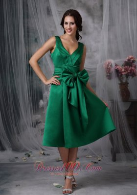 V-neck Tea-length Dark Green Satin Bow Bridesmaid Dress
