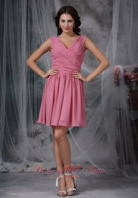Mini-length Rose Pink Empire V-neck Dama Dresses