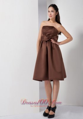 Knee-length Satin Bow Brown A-line Dama Dress