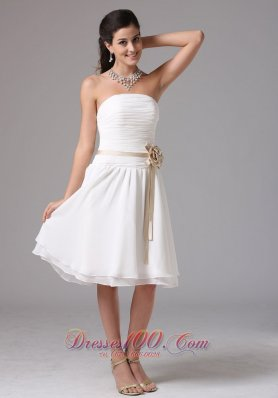 Floral White Chiffon Knee-length Cockatail Dama Dresses