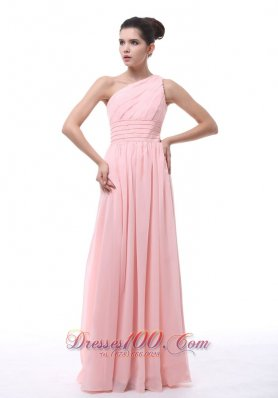 Ruched Beading Light Pink Chiffon Bridesmaid Dress - US$155.36