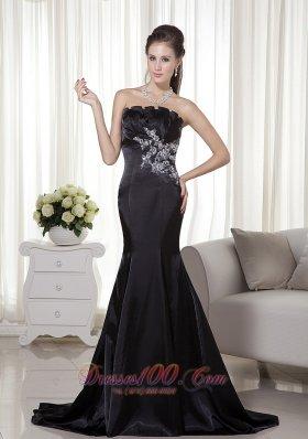 Black Mermaid Strapless Brush Train Appliques Prom Evening Dress