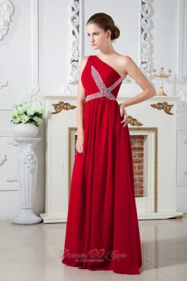 Red Empire One Shoulder Brush Train Beading Prom Dress