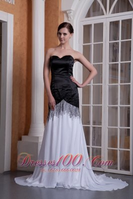 Sequined White and Black Evening Dress Sweetheart Neck