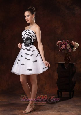Black and White Appliques and Hand Flower Belt Cocktail Dress