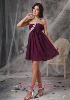 Appliques Trimmed One Shoulder Chiffon Dark Purple Cocktail Dress