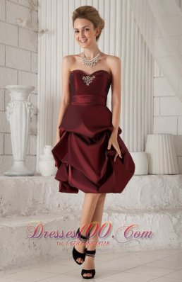 Burgundy Column/Sheath Sweetheart Knee-length Prom Dress