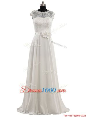 White A-line Beading and Appliques Wedding Dresses Lace Up Tulle Sleeveless With Train