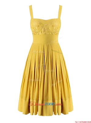Cheap Criss Cross Sweetheart Sleeveless Prom Party Dress Knee Length Beading and Pleated Yellow Chiffon