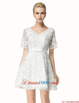 Free and Easy White Zipper V-neck Sashes|ribbons Homecoming Dress Lace Short Sleeves