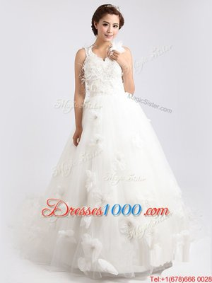 Top Selling Scoop Appliques and Hand Made Flower Wedding Gown White Zipper Sleeveless Sweep Train