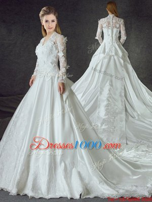 Deluxe Long Sleeves Chapel Train Zipper With Train Lace and Appliques Wedding Gown