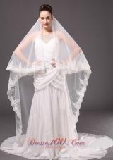 One-tier Wedding Veil Applique Edge Laced