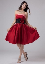 Knee-length Wine Red Prom Gown with Handmade Flower