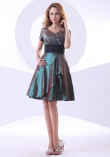 Short Sleeves A-line Bridesmaid Dresses V-neck